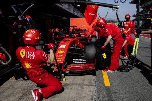 Vettel balesete miatt változtat tervein a Ferrari