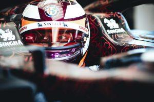 Räikkönen 33 kört tett meg új autójával