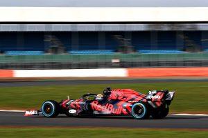 Fotók: Verstappen bejáratta az új Red Bullt
