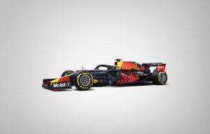 Visszatér tradicionális fényezéséhez a Red Bull