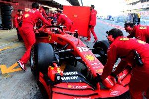 Gondok vannak a Ferrarinál Barcelonában