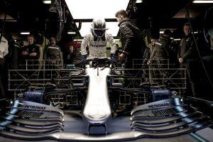 Folytatódnak az F1-es tesztek Barcelonában