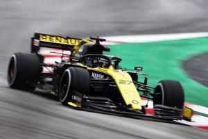Hülkenberg az élen az F1-es tesztek negyedik napján