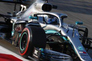 Bottas: A Ferrari csak az egyenesben jobb nálunk