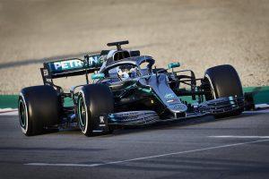 Vad teória: Két autót fejlesztett a Mercedes 2019-re?