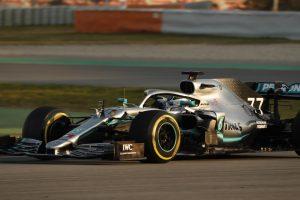 Az utolsó tesztnap következik, ma már tempót megy a Mercedes