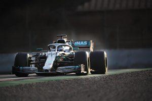 Bottas: A Mercedes túl fog lépni az akadályokon