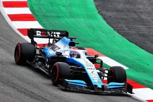 Végre pályára vitte új autóját a Williams