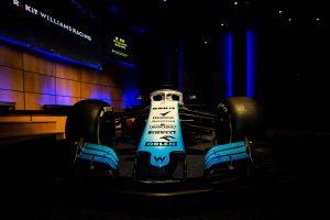 Megérkezett a Williams autója az F1-es tesztre