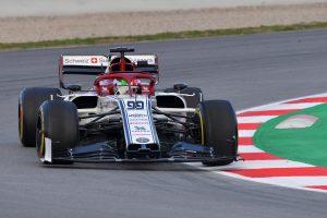 Räikkönen vezetési stílusát alkalmazná Giovinazzi