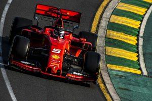 Hűtési gondjai lehettek a Ferrarinak Melbourne-ben