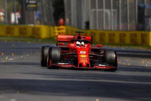Vettel: A Mercedes más ligában autózott ma