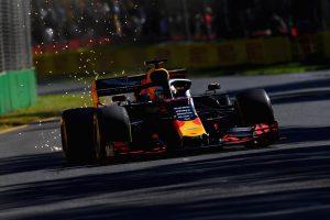 Mercedes: Idén a Red Bull-lal is számolnunk kell