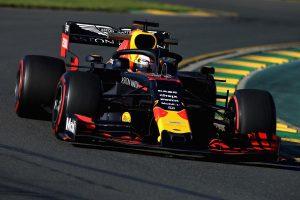 A Red Bull kicserélte Verstappen kasztniját