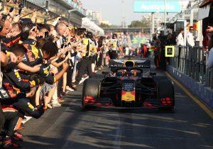 A Red Bull egyelőre óvatos a hosszú távú ígéretekkel