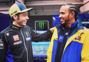 Hamilton nagyon szeretne tesztelni a MotoGP-ben