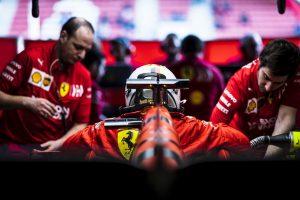 Különleges fényezés: Ilyen lesz a Ferrari autója Melbourne-ben