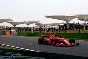 Vettel: Az egyenesekben lehet esélyünk a Mercedes ellen