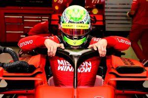 Schumacher kikotyogta: Átlépte az 1000 lóerőt a Ferrari!