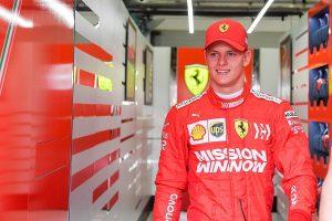 Ma már Ferrarit vezet Mick Schumacher