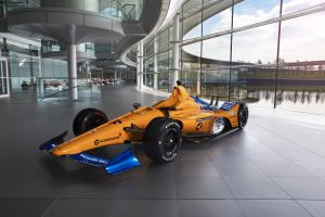 Bemutatták Alonso Indy 500-as autóját