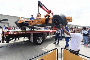 Videó: Alonso falnak csapódott az Indy 500 edzésén!
