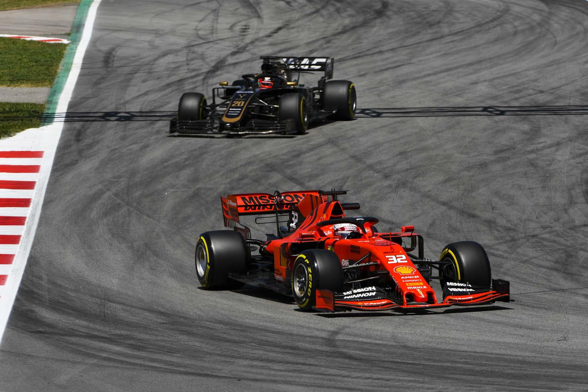 Antonio Fuoco, Ferrari SF90 and Kevin Magnussen, Haas VF-19