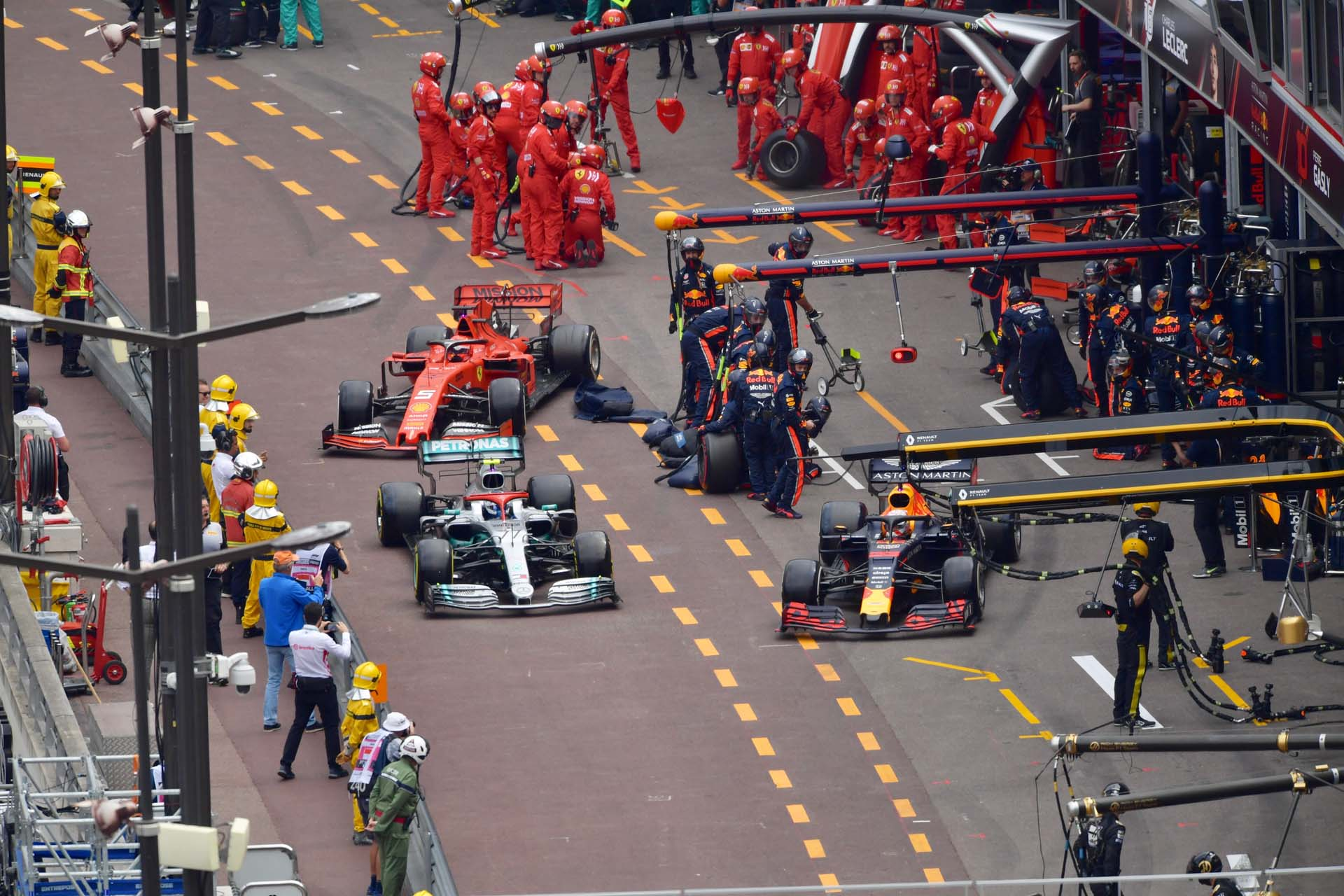 MonacoGP2019_SUN_Pirelli_monacosunday21-987058
