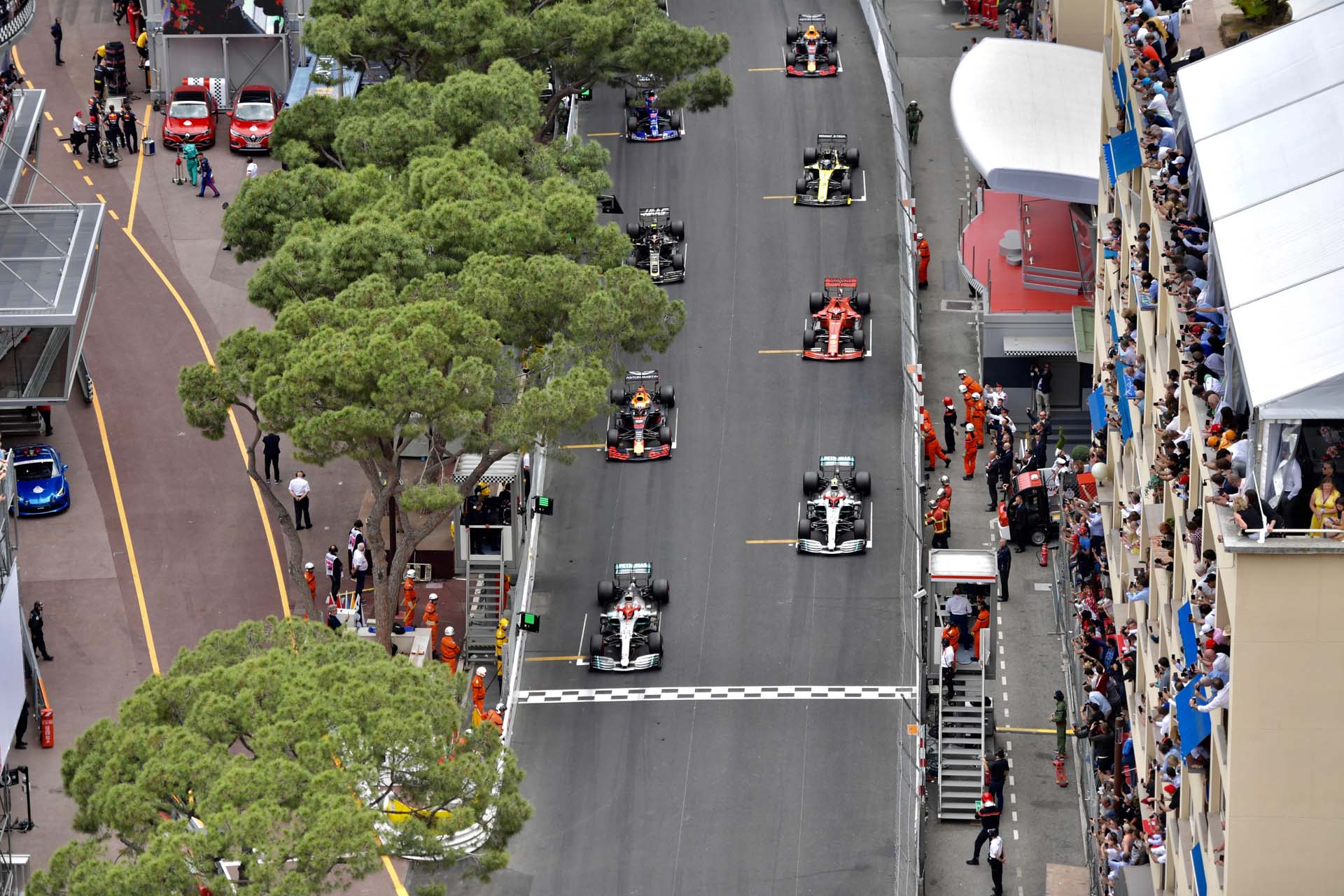 MonacoGP2019_SUN_Pirelli_monacosunday23-893681