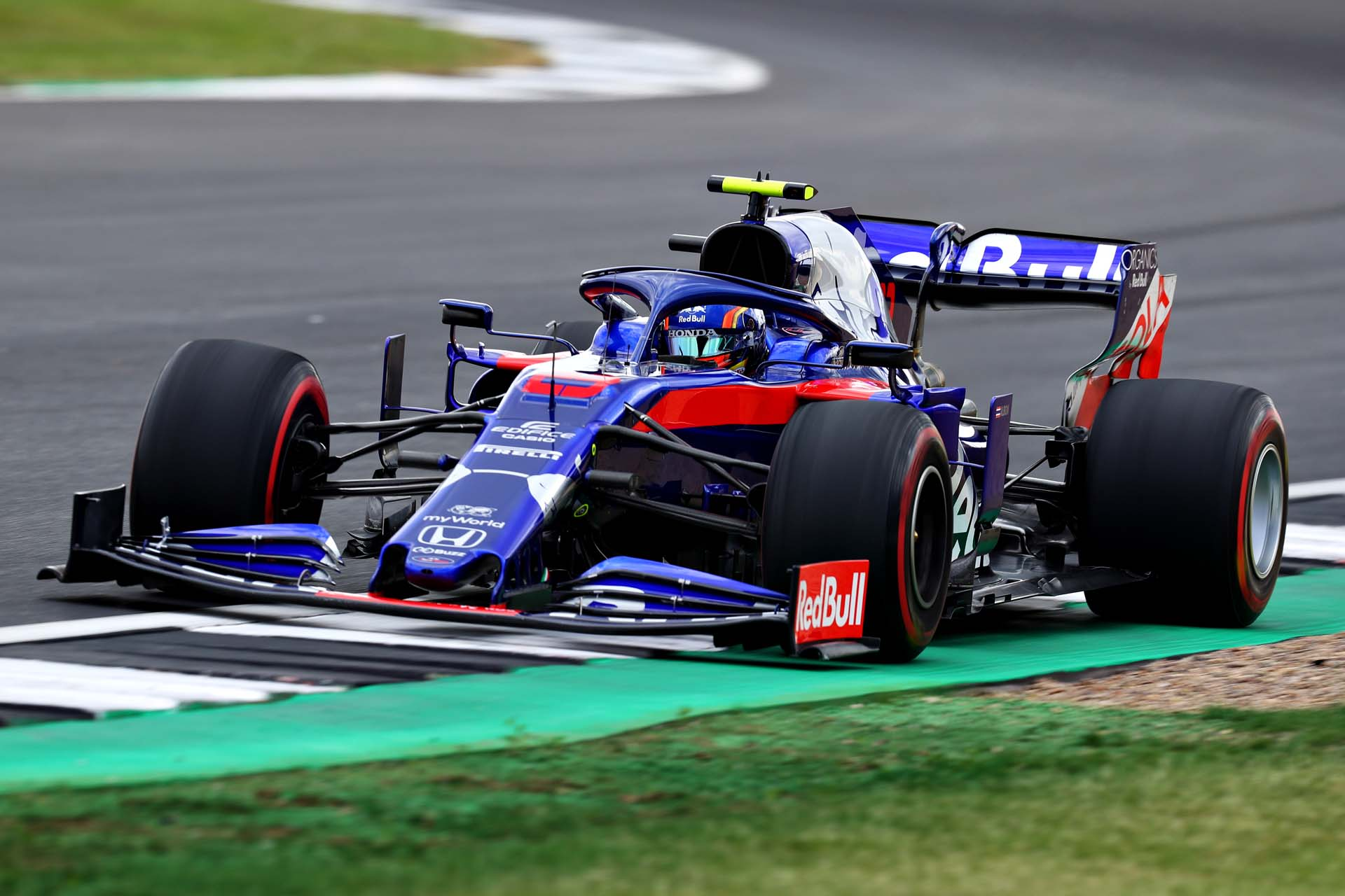 NORTHAMPTON, ENGLAND - JULY 12: Alexander Albon of Thailand driving the (23) Scuderia Toro Rosso STR14 Honda on track during practice for the F1 Grand Prix of Great Britain at Silverstone on July 12, 2019 in Northampton, England. (Photo by Mark Thompson/Getty Images) // Getty Images / Red Bull Content Pool  // AP-1ZX65X3XH2111 // Usage for editorial use only // Please go to www.redbullcontentpool.com for further information. //