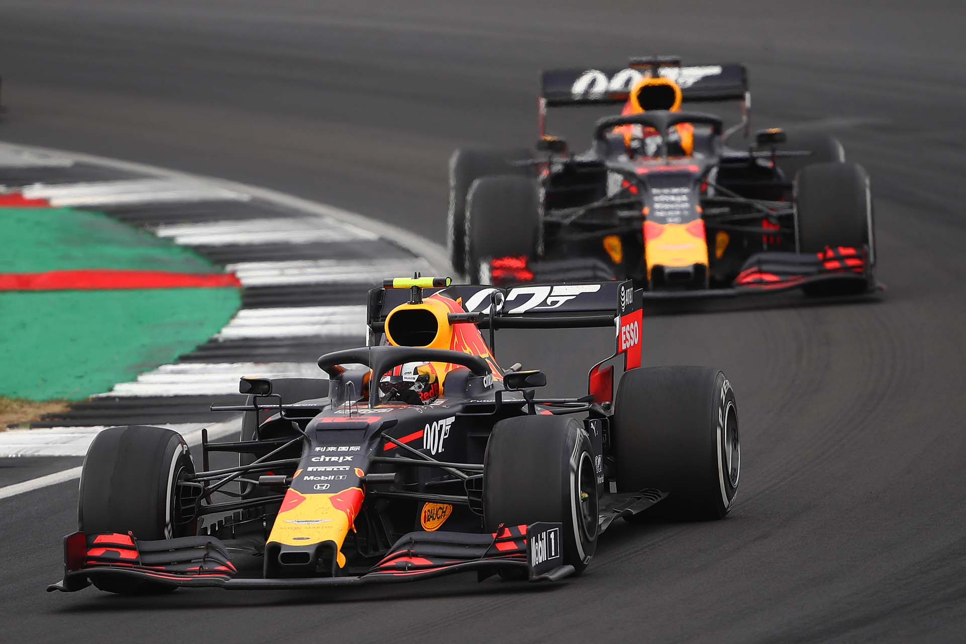 NORTHAMPTON, ENGLAND - JULY 14: Pierre Gasly of France driving the (10) Aston Martin Red Bull Racing RB15 leads Max Verstappen of the Netherlands driving the (33) Aston Martin Red Bull Racing RB15 on track during the F1 Grand Prix of Great Britain at Silverstone on July 14, 2019 in Northampton, England. (Photo by Bryn Lennon/Getty Images) // Getty Images / Red Bull Content Pool  // AP-1ZXU5X2KW2111 // Usage for editorial use only // Please go to www.redbullcontentpool.com for further information. //