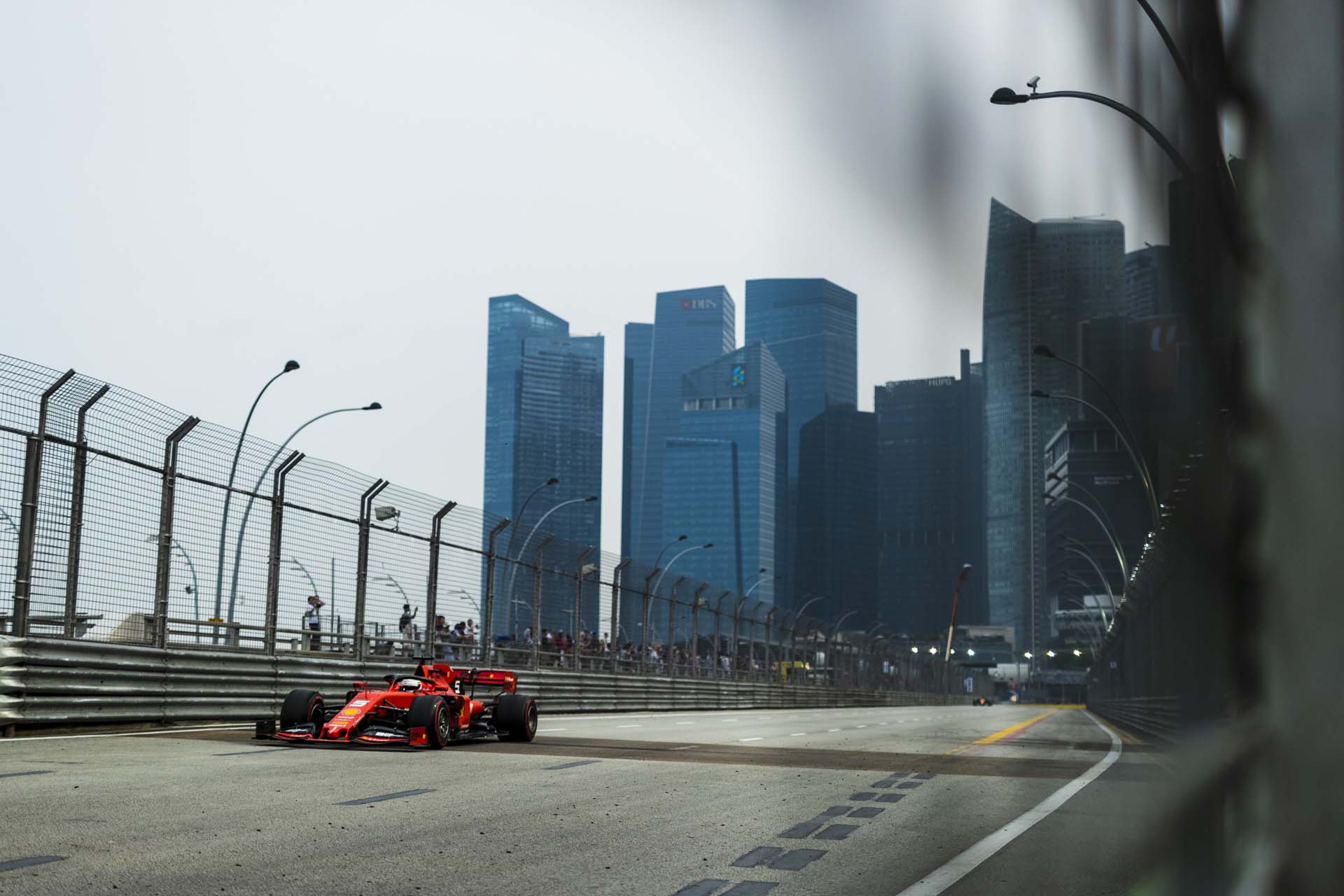 SingaporeGP2019_FRI_Ferrari_190012_sin