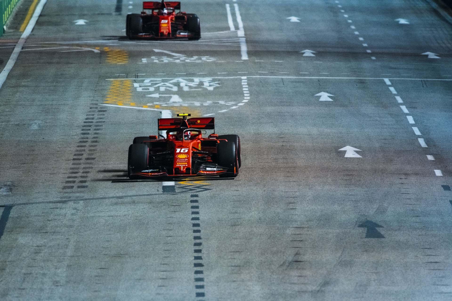 SingaporeGP2019_FRI_Ferrari_190018_sin