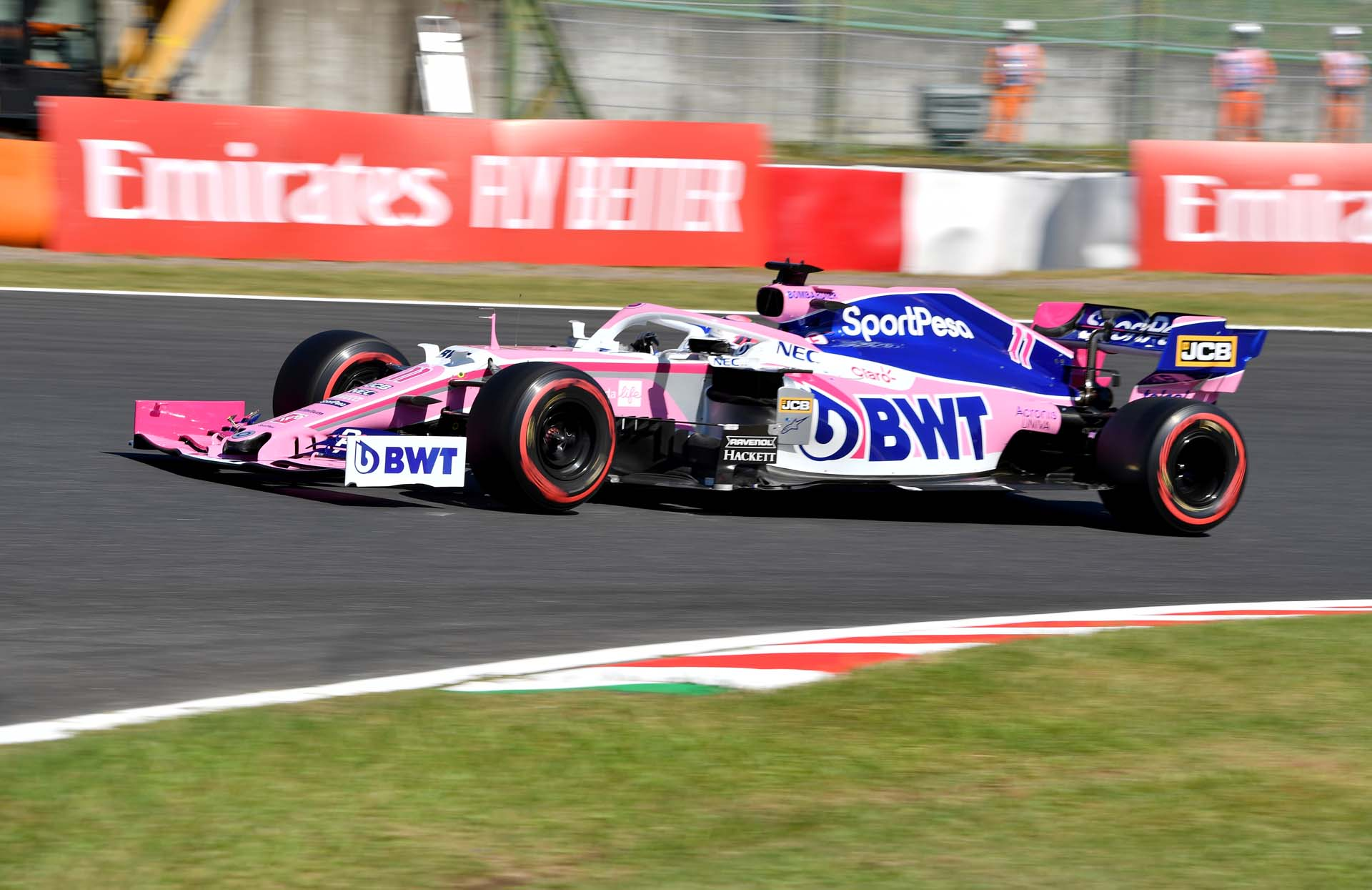 Sergio Perez, Racing Point RP19 during qualifying