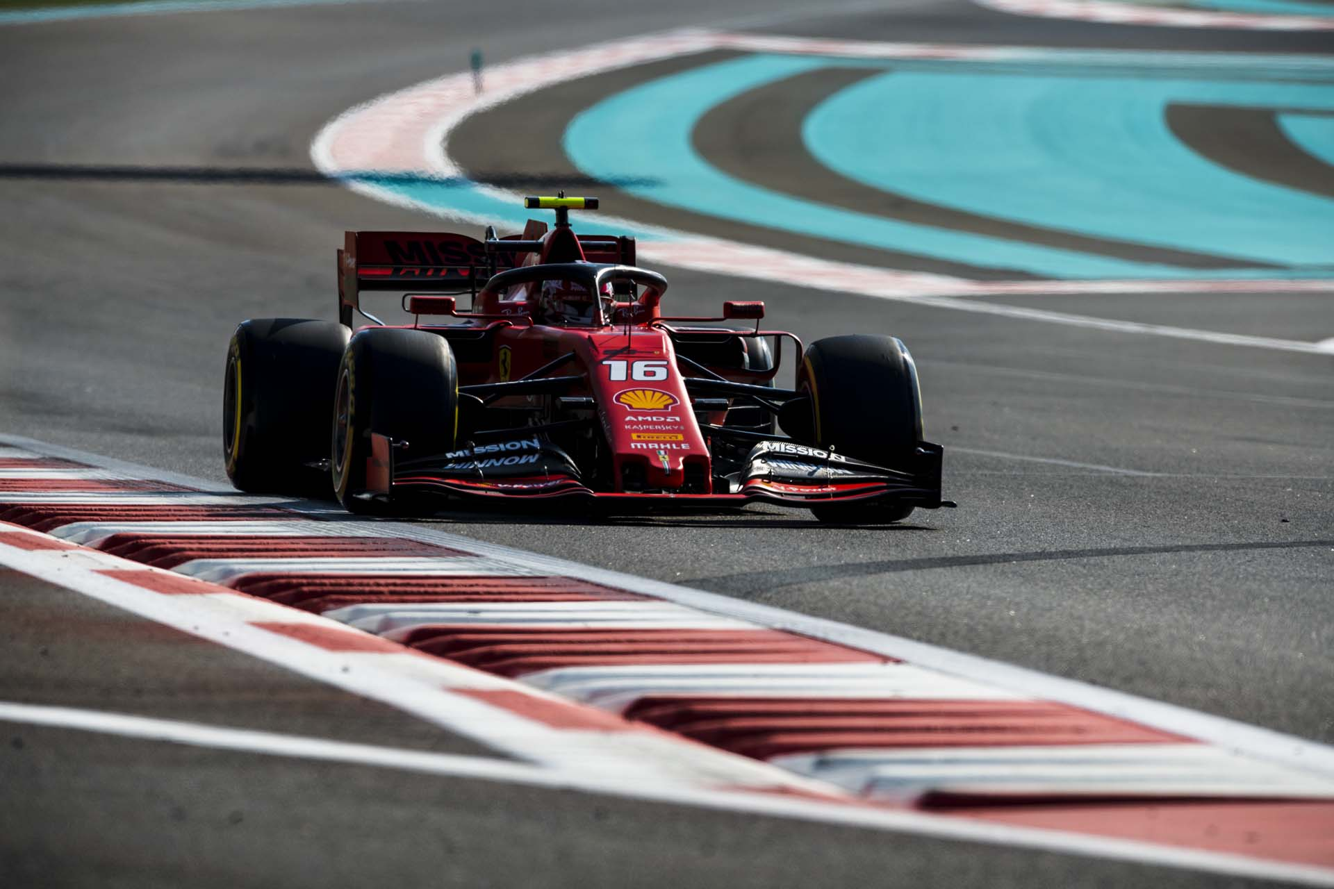 AbuDhabiGP2019_FRI_Ferrari_190012-abu