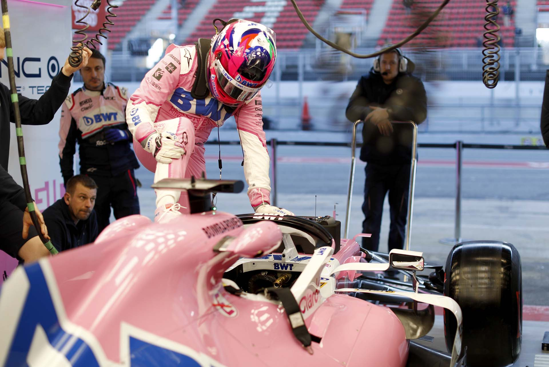 Sergio Perez, Racing Point RP20 in the garage before testing