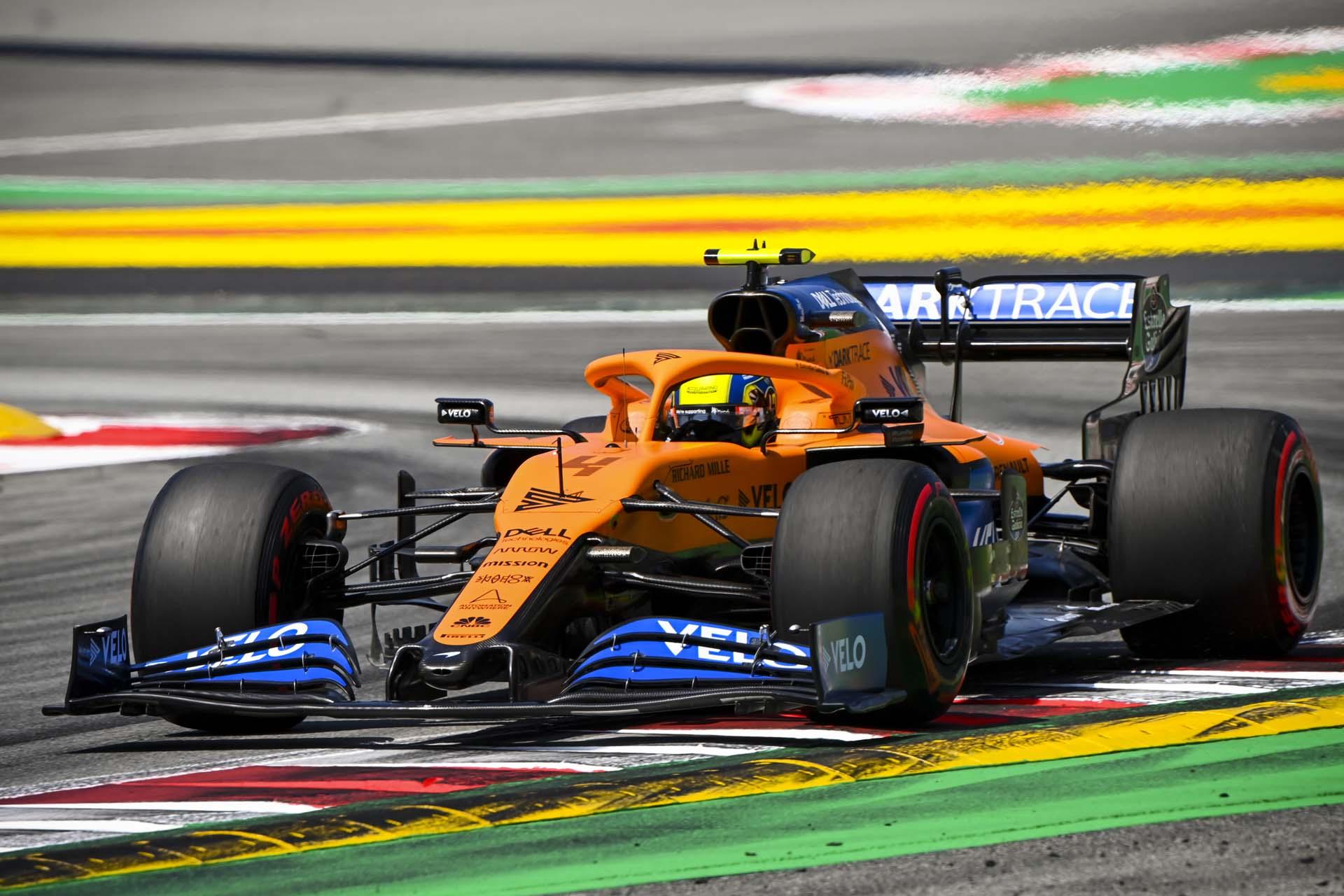 Lando Norris, McLaren MCL35, in the final chicane