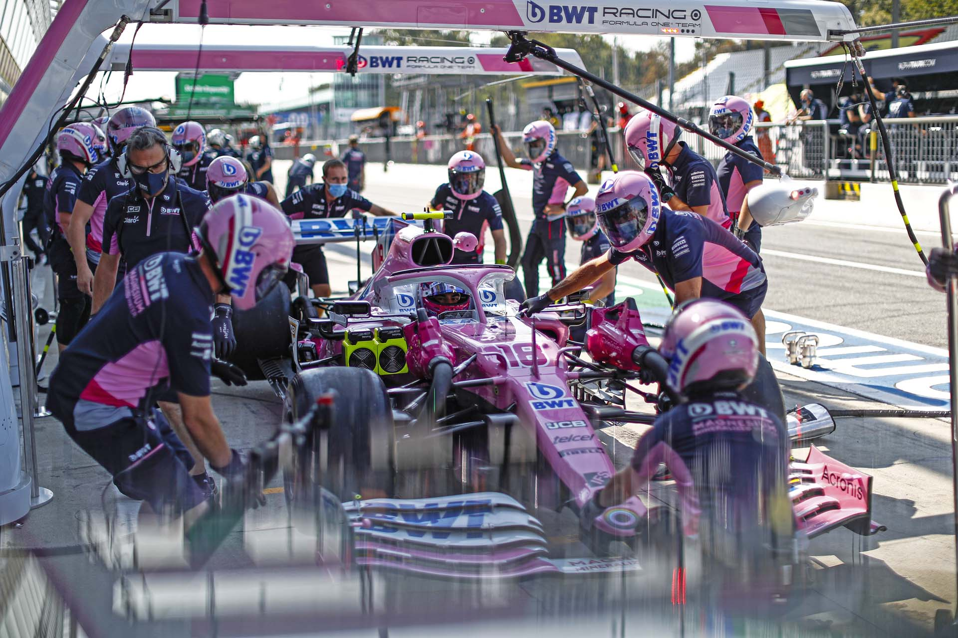 Lance Stroll, Racing Point RP20, makes a pit stop during practice