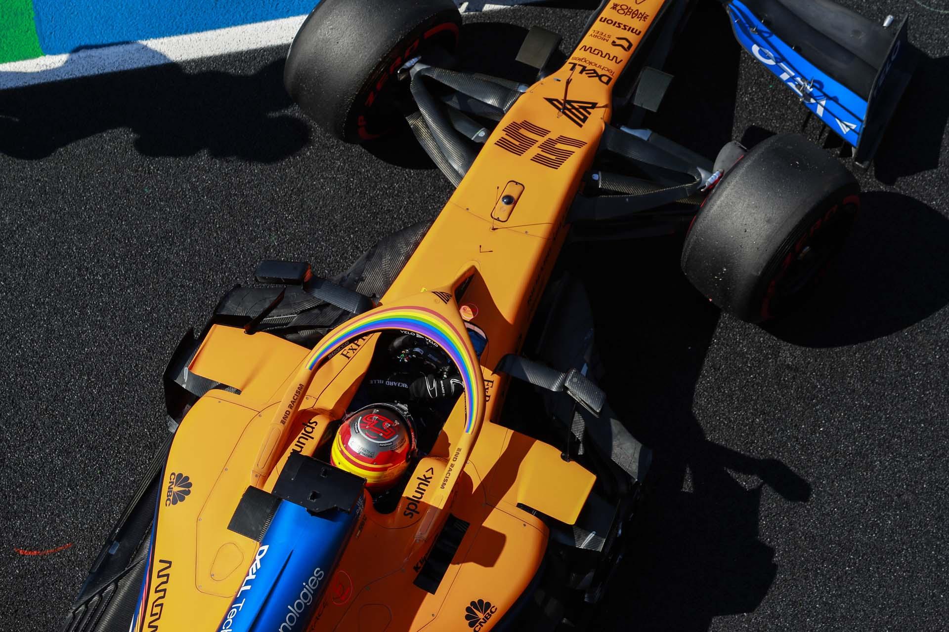 Carlos Sainz, McLaren MCL35, overhead view in the pit lane