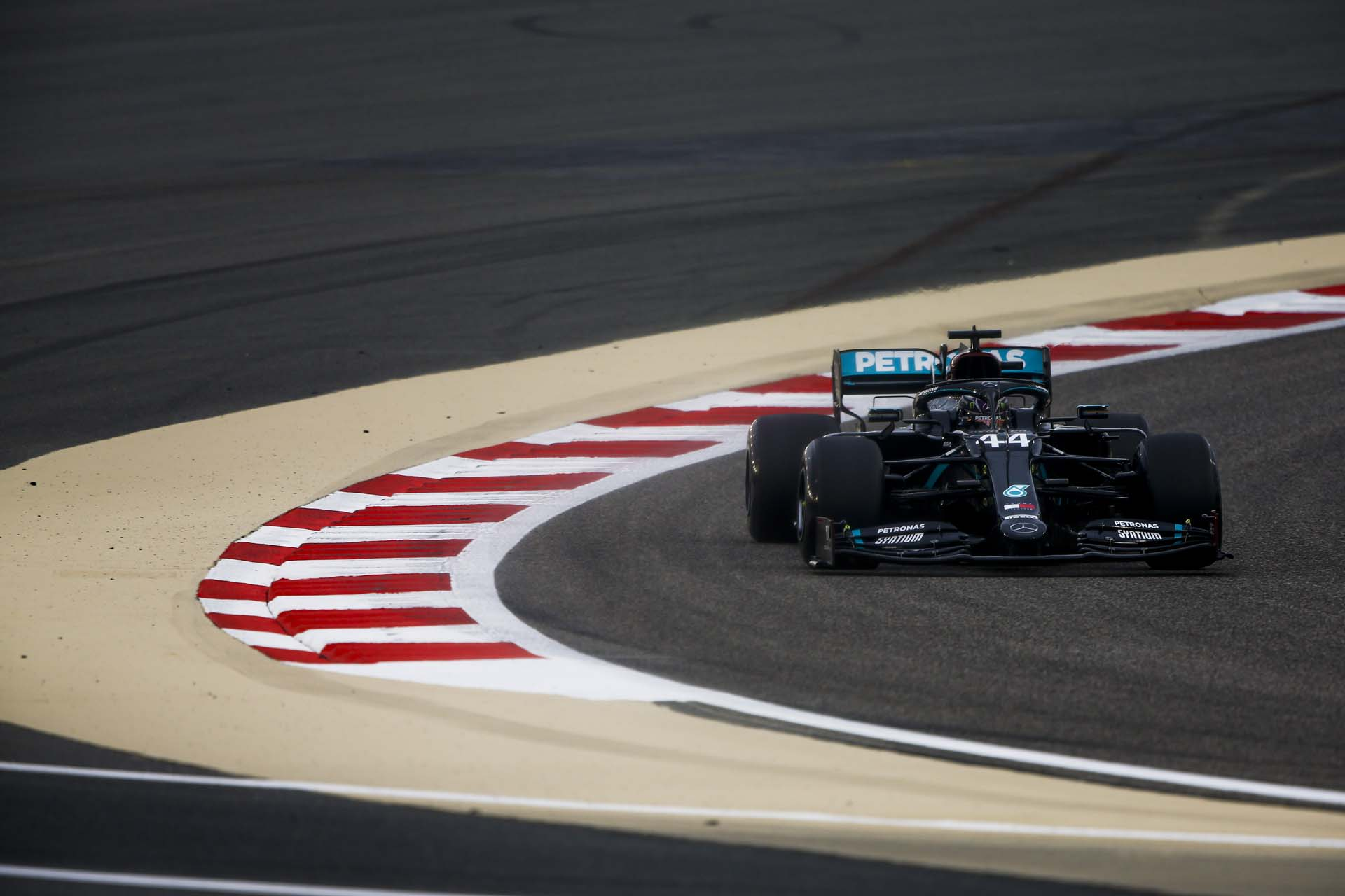 2020 Bahrain Grand Prix, Friday - LAT Images
