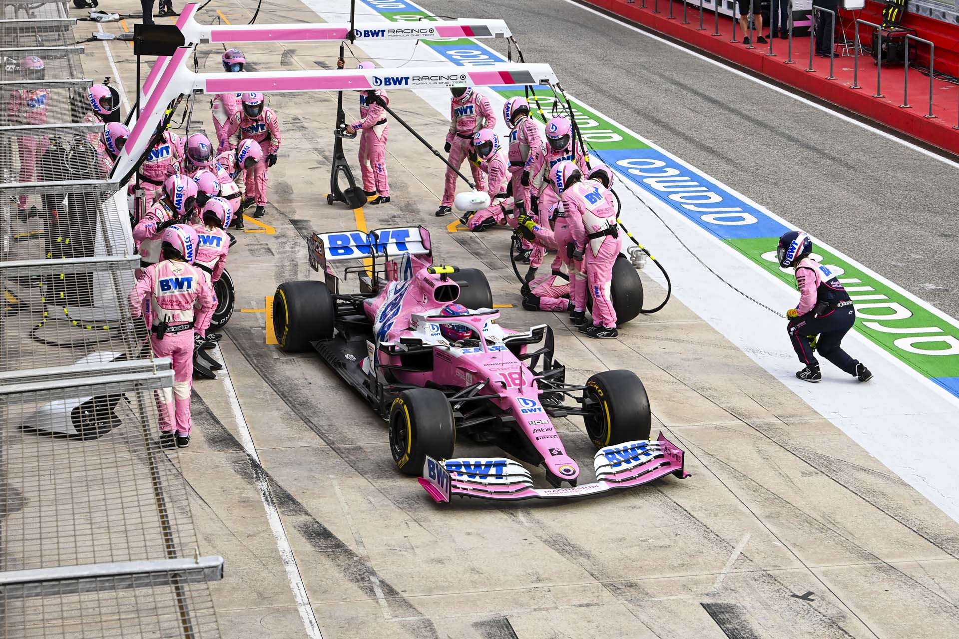 Lance Stroll, Racing Point RP20, leaves his pit box