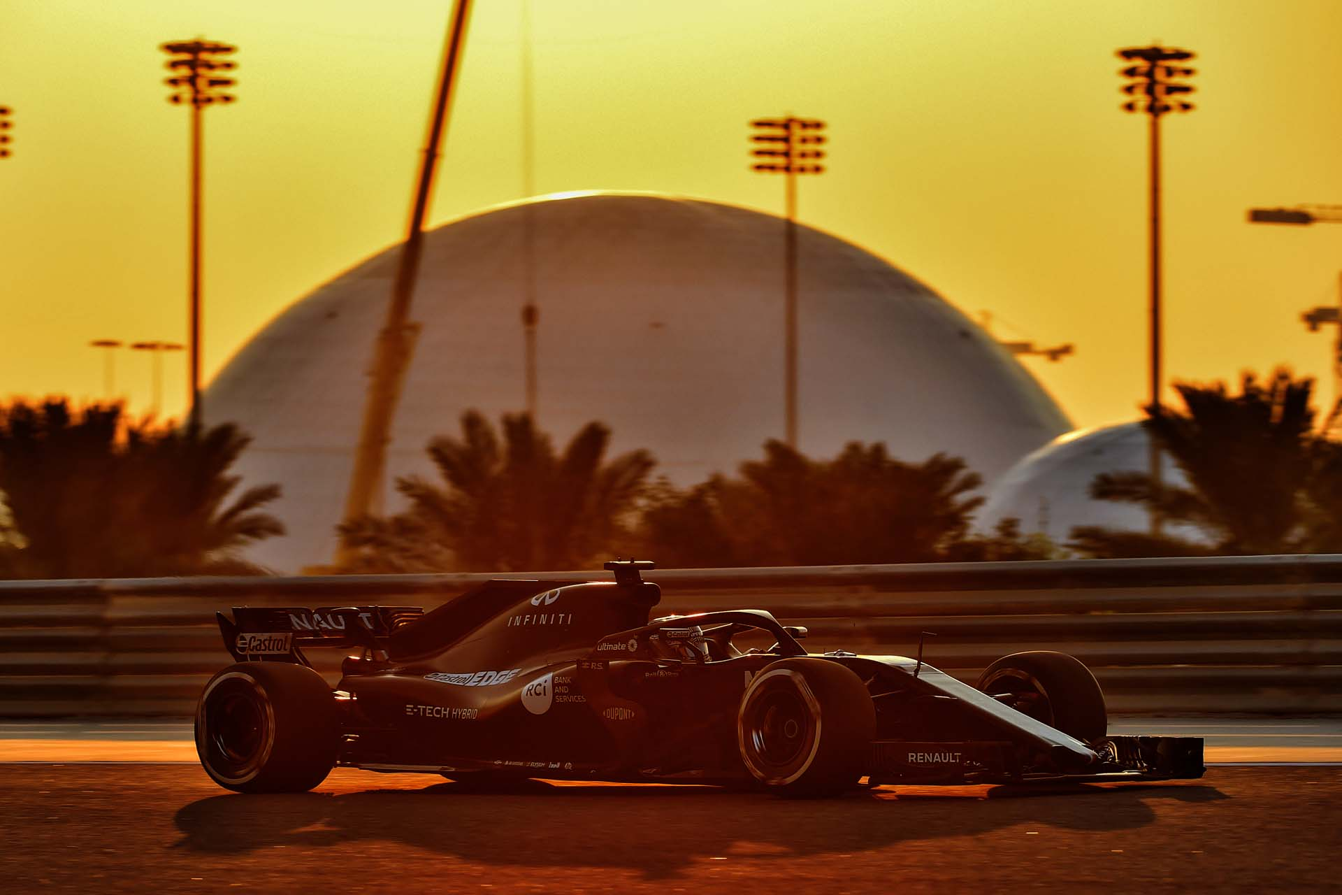 Motor Racing - Formula One - RS18 Bahrain Test - Sakhir, Bahrain