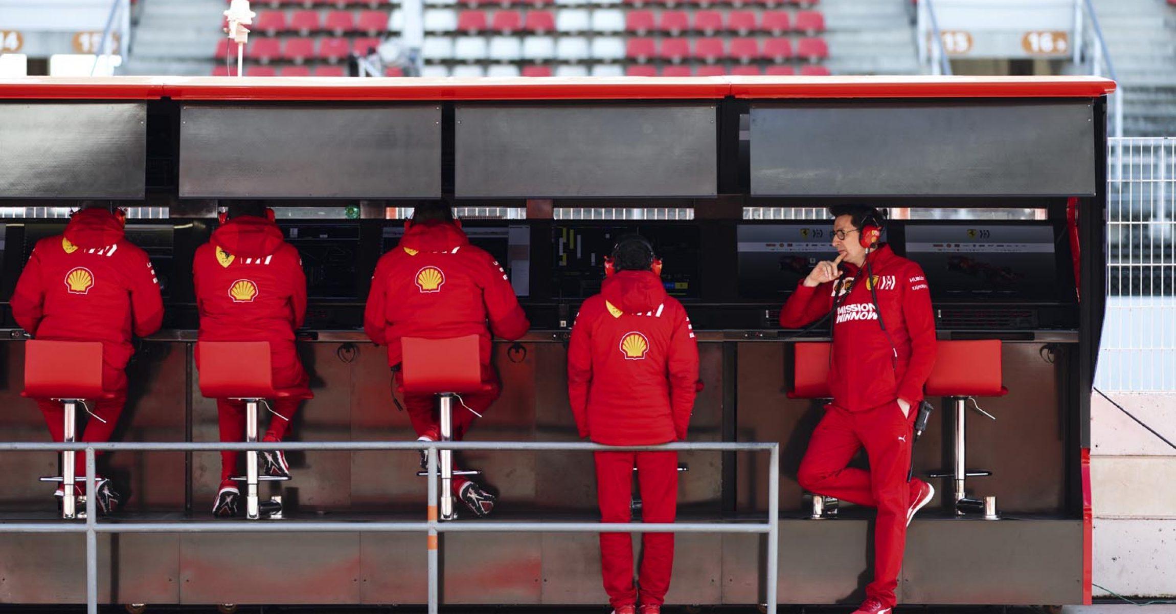 Mattia Binotto, Ferrari, Barcelona, 2019, test day one pitwall