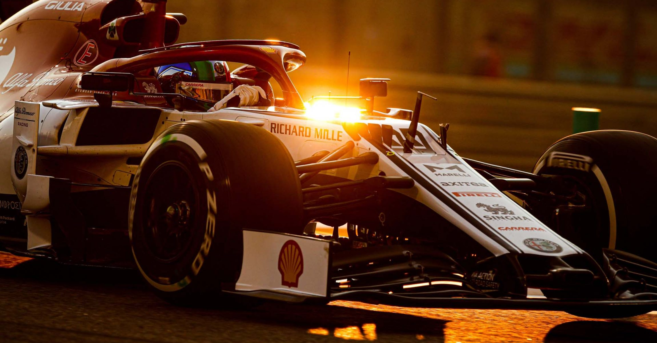 99 GIOVINAZZI Antonio (ita), Alfa Romeo Racing C38, action during the 2019 Formula One World Championship, Abu Dhabi Grand Prix from November 28 to december 1 in Yas Marina - Photo Florent Gooden / DPPI