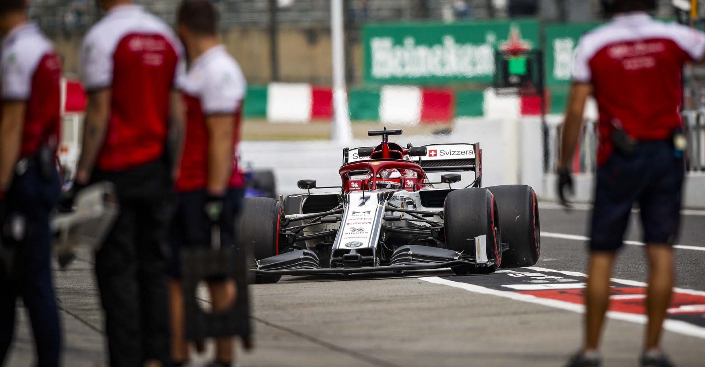 RAIKKONEN Kimi Räikkönen (fin), Alfa Romeo Racing C38, action pitlane during the 2019 Formula One World Championship, Japan Grand Prix from October 11 to 13 at Suzuka - Photo Florent Gooden / DPPI
