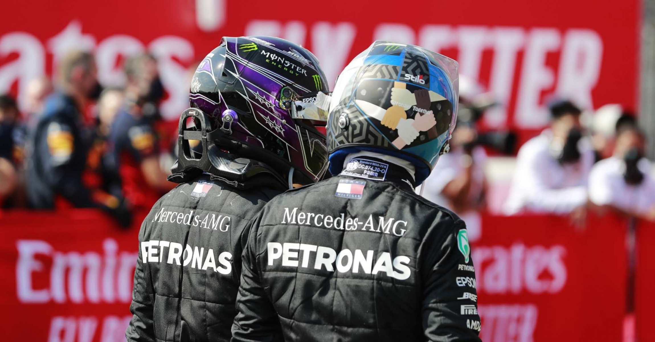 2020 70th Anniversary Grand Prix, Sunday - LAT Images Valtteri Bottas Mercedes Lewis Hamilton