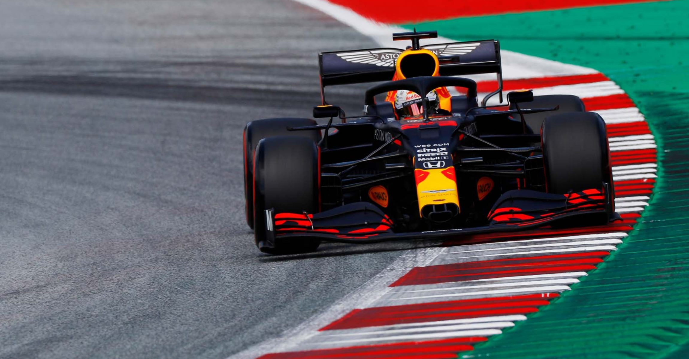 SPIELBERG, AUSTRIA - JULY 04: Max Verstappen of the Netherlands driving the (33) Aston Martin Red Bull Racing RB16 on track during qualifying for the Formula One Grand Prix of Austria at Red Bull Ring on July 04, 2020 in Spielberg, Austria. (Photo by Leonhard Foeger/Pool via Getty Images) // Getty Images / Red Bull Content Pool // AP-24HC812SH2111 // Usage for editorial use only //