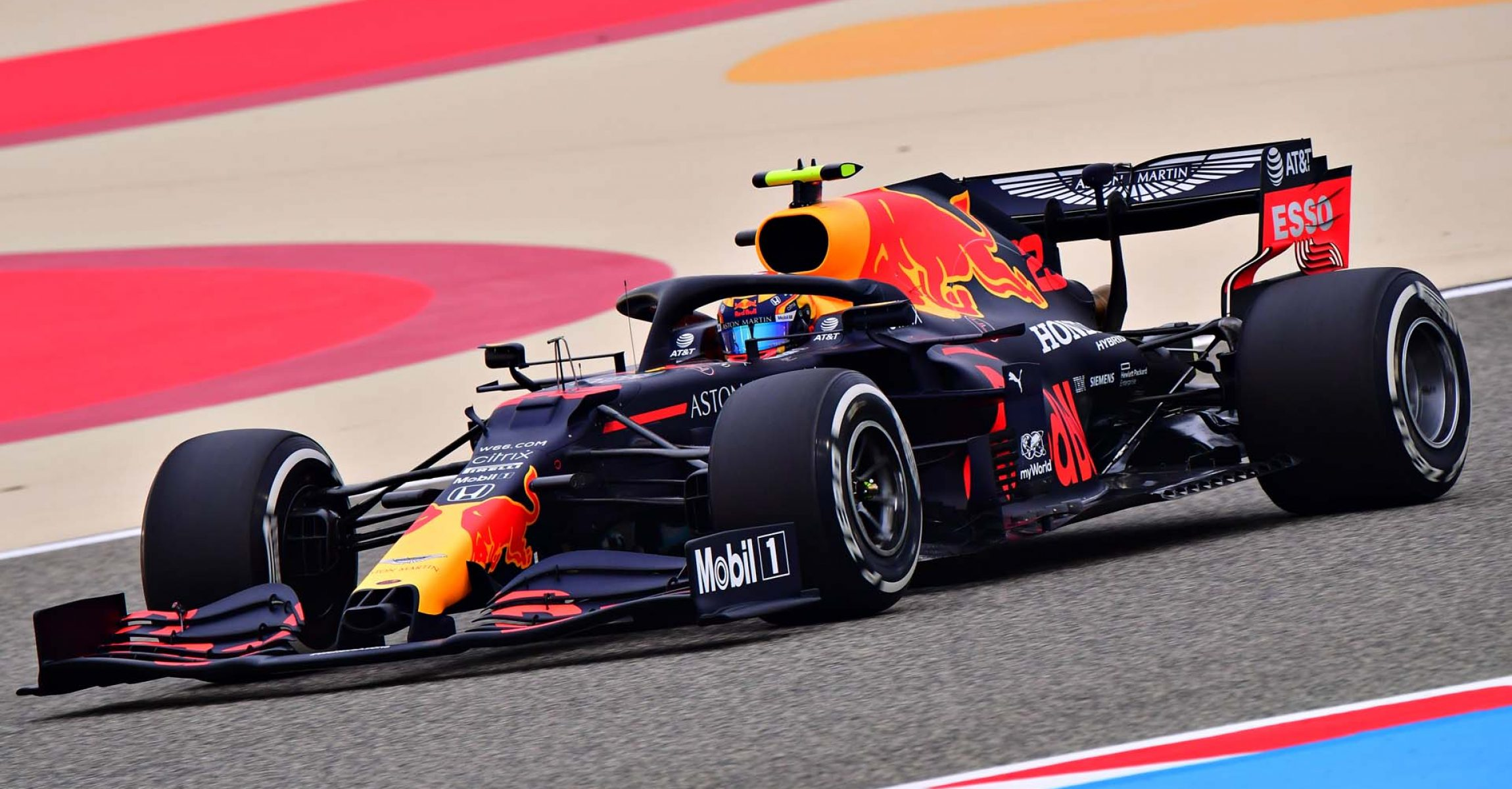 BAHRAIN, BAHRAIN - NOVEMBER 27: Alexander Albon of Thailand driving the (23) Aston Martin Red Bull Racing RB16 during practice ahead of the F1 Grand Prix of Bahrain at Bahrain International Circuit on November 27, 2020 in Bahrain, Bahrain. (Photo by Giuseppe Cacace - Pool/Getty Images)