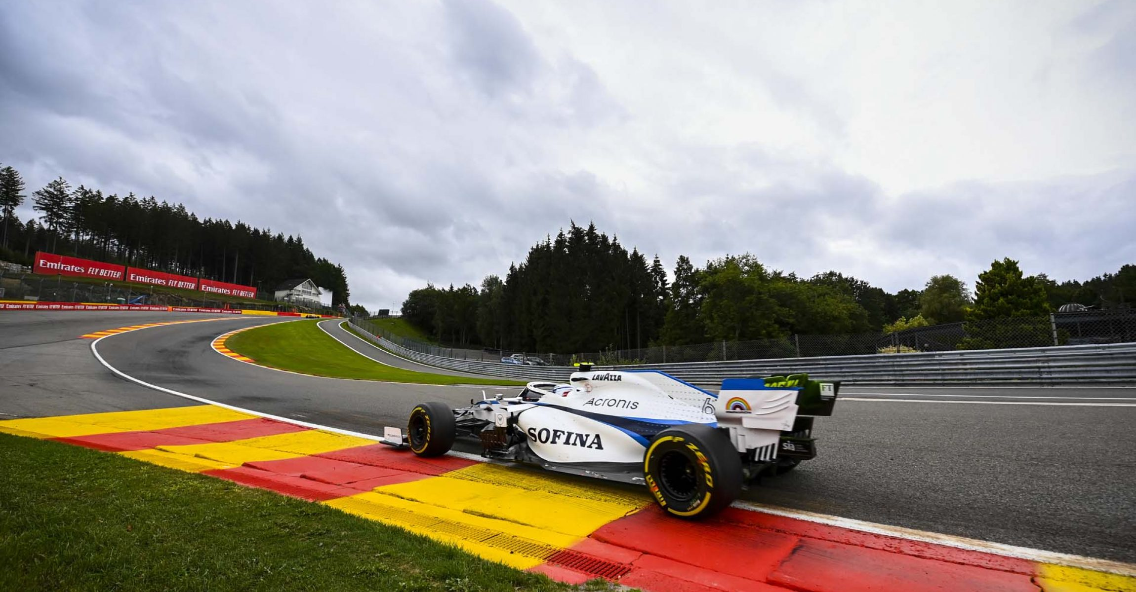 SPA-FRANCORCHAMPS, BELGIUM - AUGUST 28: Nicholas Latifi, Williams FW43 during the Belgian GP at Spa-Francorchamps on Friday August 28, 2020 in Spa, Belgium. (Photo by Mark Sutton / LAT Images)