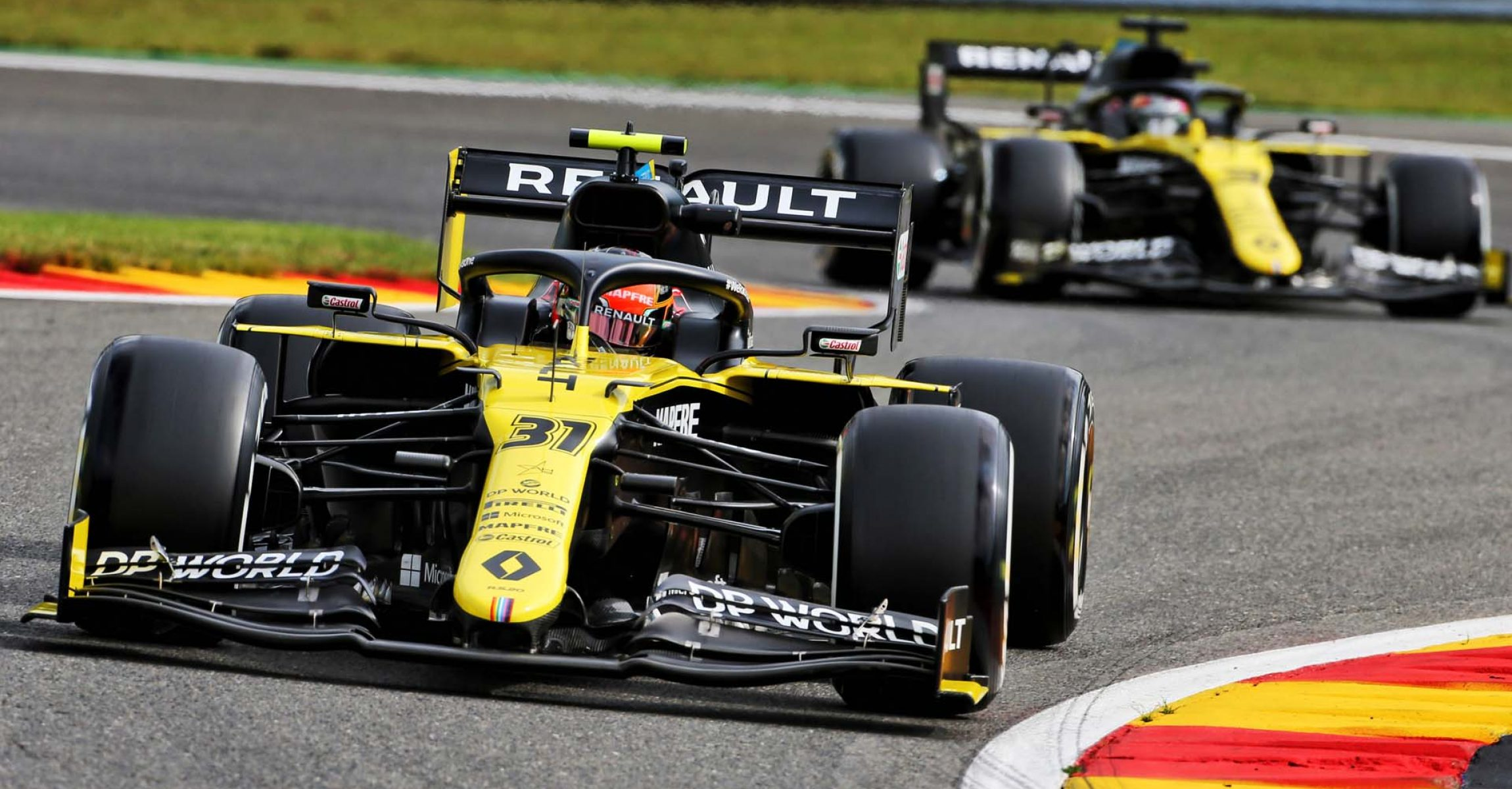 Esteban Ocon (FRA) Renault F1 Team RS20 leads team mate Daniel Ricciardo (AUS) Renault F1 Team RS20. Belgian Grand Prix, Friday 28th August 2020. Spa-Francorchamps, Belgium.
